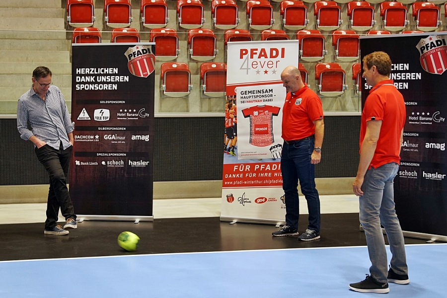 Fussball_anstatt_Handball