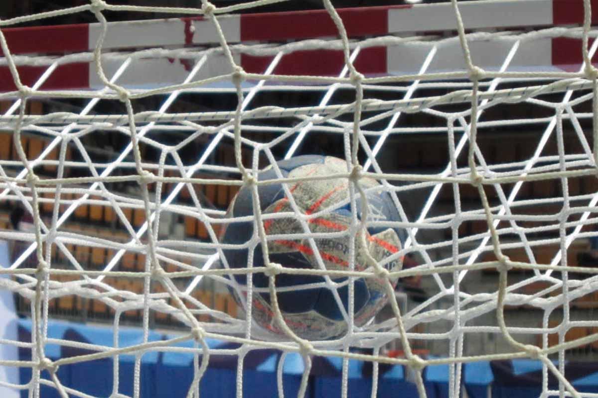 Ball mit Netz