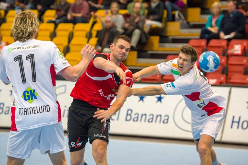 150314_031_Svajlen_Pfadi_Winterthur-Haslum_Handballklubb_31-34_deuring